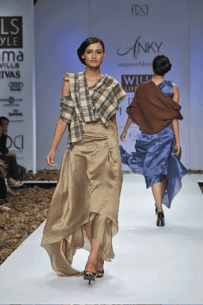 Party Wear by Anjana Bhargav
